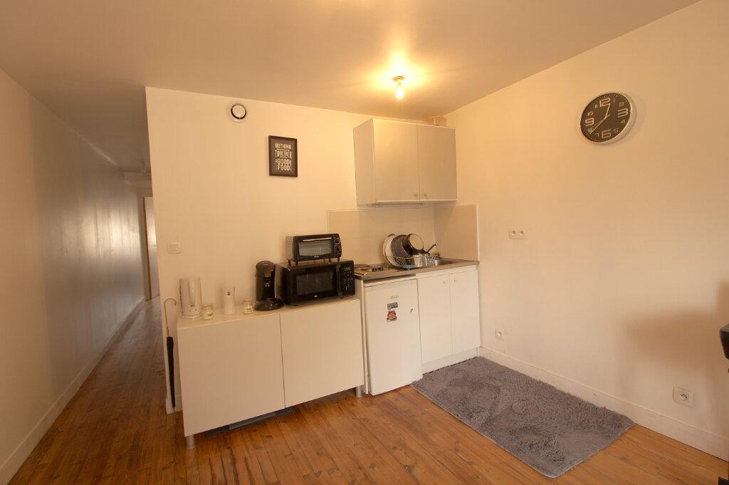 Appartement à louer 2 29.52m2 à Pont-Sainte-Maxence vignette-2