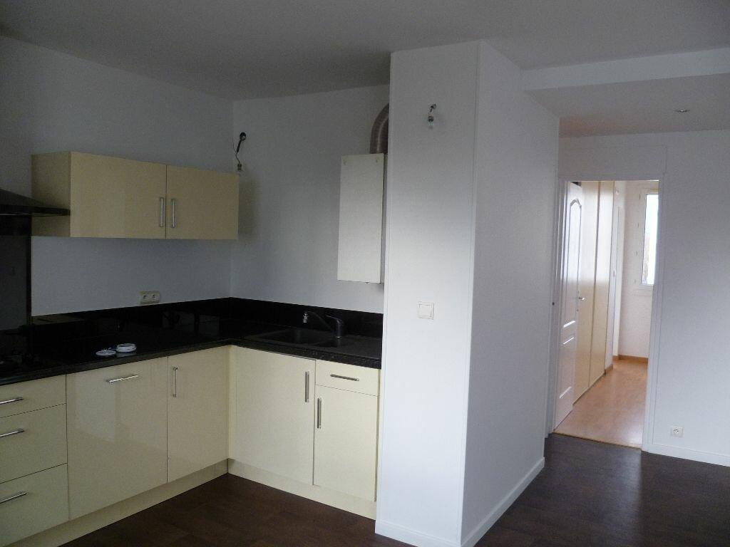 Appartement à louer 2 43.31m2 à Grenoble vignette-2