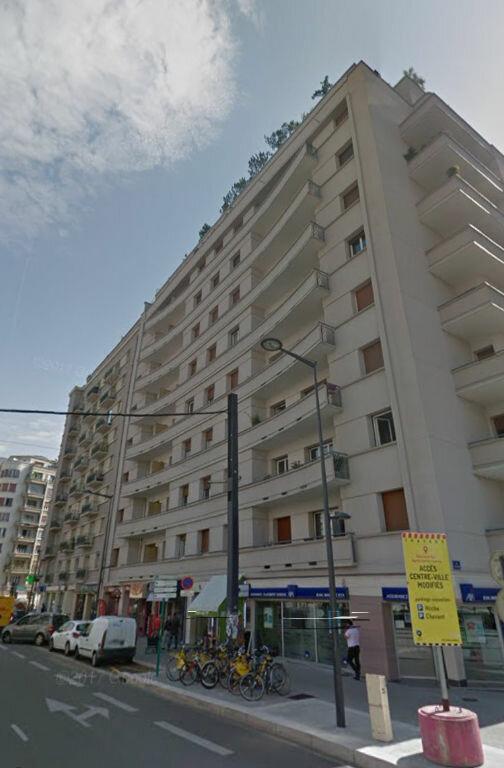 Appartement à louer 2 55m2 à Grenoble vignette-5