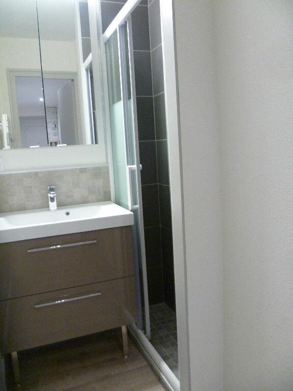 Appartement à louer 3 53m2 à Saint-Égrève vignette-3