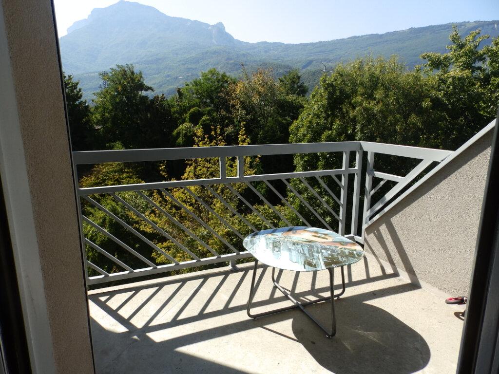 Appartement à vendre 2 47.15m2 à Grenoble vignette-2
