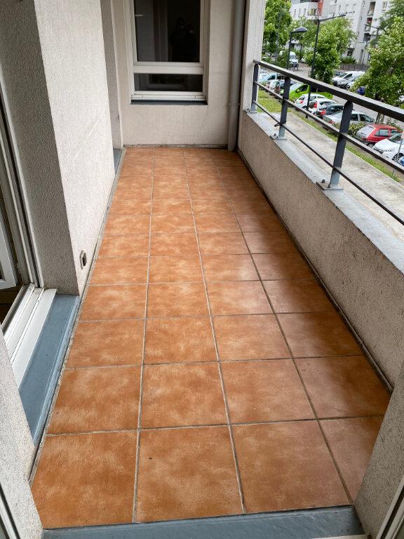 Appartement à louer 4 83m2 à Grenoble vignette-4