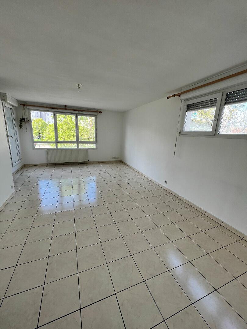 Appartement à louer 4 83m2 à Grenoble vignette-5