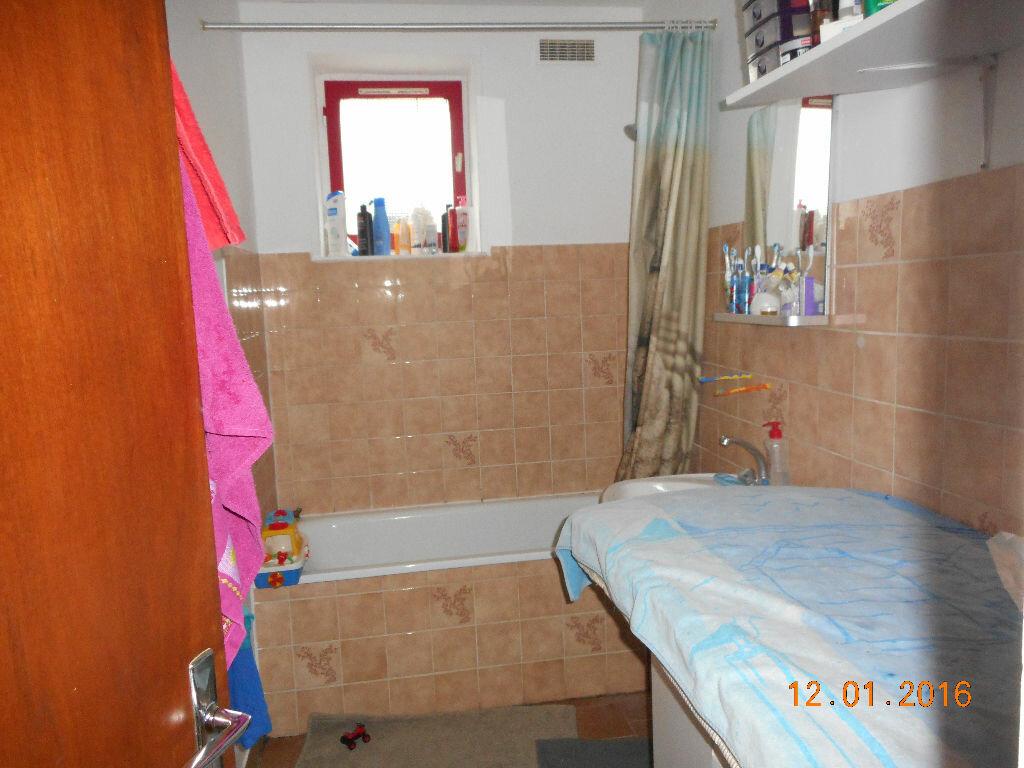 Appartement à louer 2 85m2 à Crouy-sur-Ourcq vignette-4