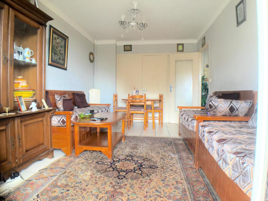 Appartement à vendre 2 45m2 à Cagnes-sur-Mer vignette-2