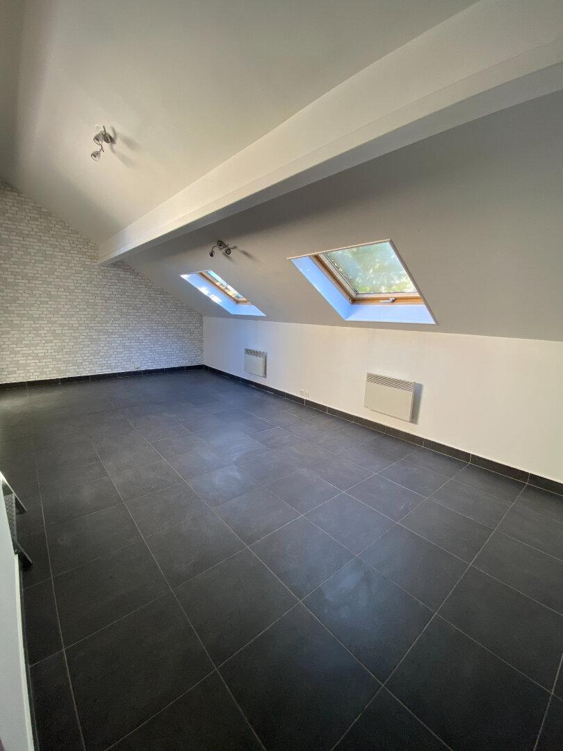 Appartement à louer 2 38m2 à La Varenne - Saint-Maur-des-Fossés vignette-4