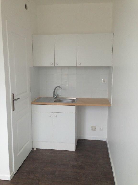 Appartement à louer 1 12m2 à Montreuil vignette-1