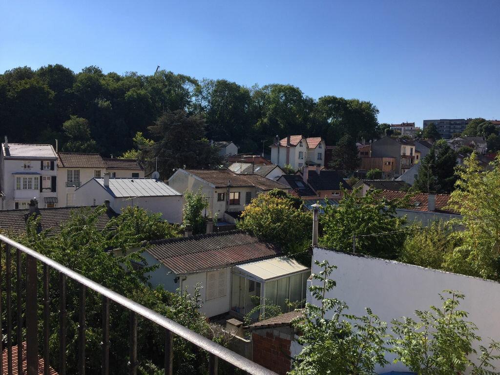 Appartement à louer 1 20m2 à Noisy-le-Sec vignette-7