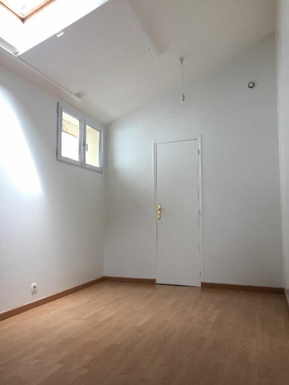 Maison à louer 4 80m2 à Le Pré-Saint-Gervais vignette-7