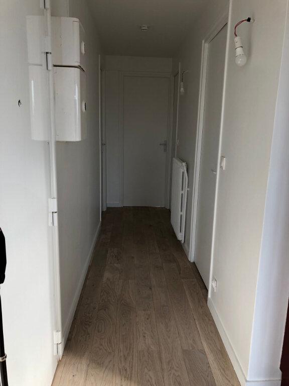 Appartement à louer 3 55m2 à Noisy-le-Sec vignette-11