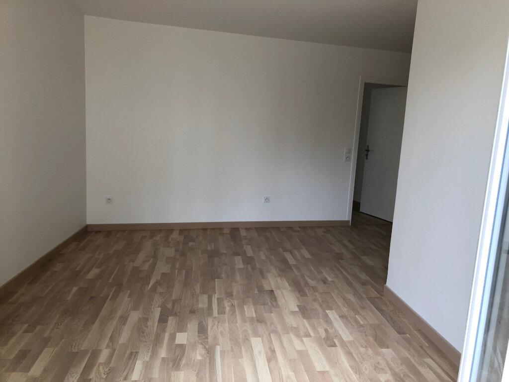 Appartement à louer 2 47m2 à Romainville vignette-4