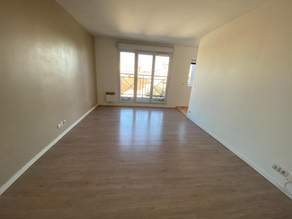 Appartement à louer 1 29m2 à Romainville vignette-5