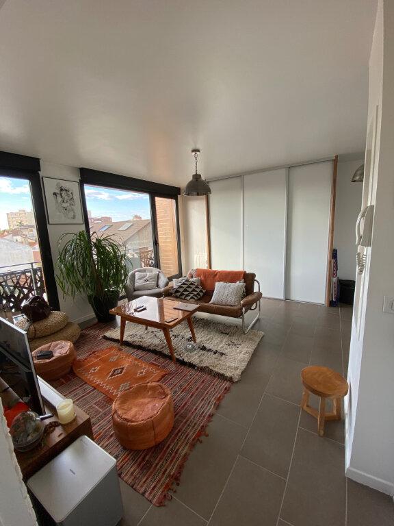 Appartement à louer 2 36m2 à Romainville vignette-4