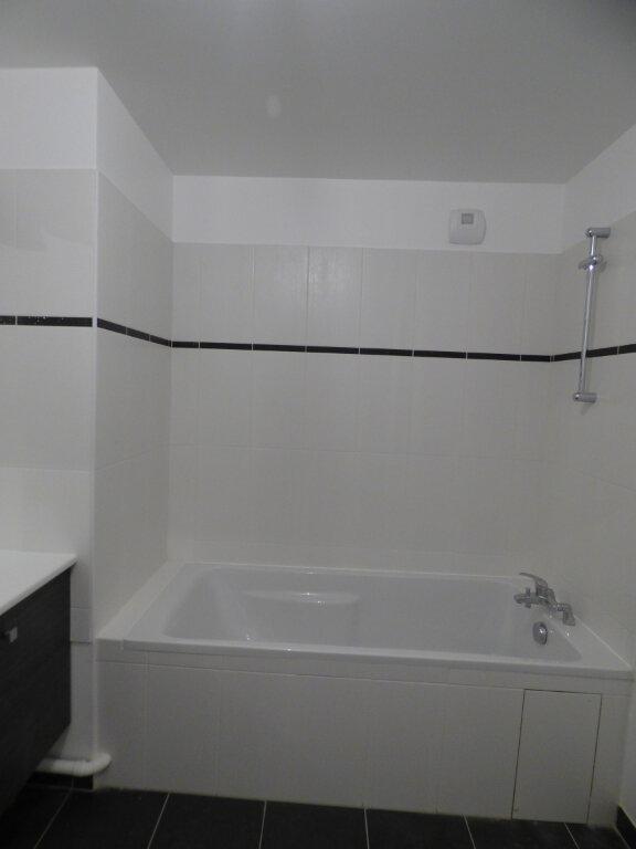 Appartement à louer 2 45m2 à Romainville vignette-8