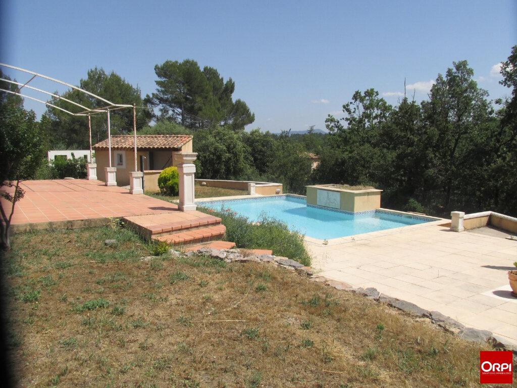 Maison à vendre 6 150m2 à Saint-Maximin-la-Sainte-Baume vignette-1