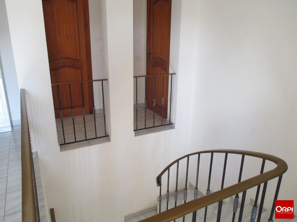 Maison à vendre 7 175.6m2 à Brignoles vignette-2