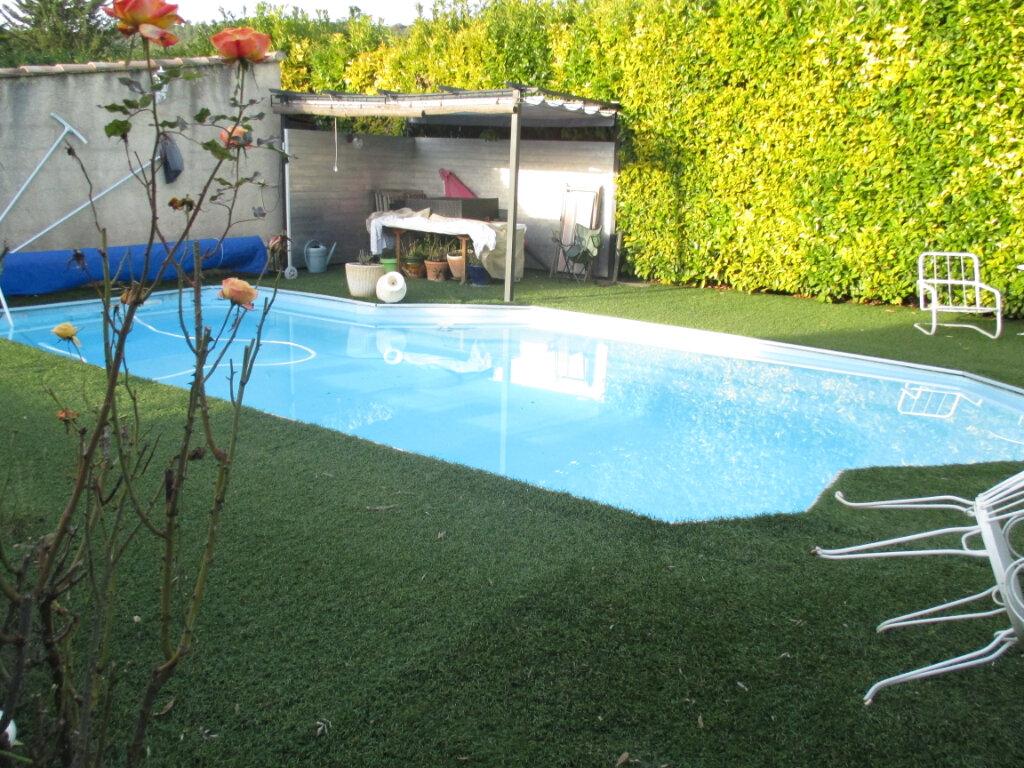 Maison à vendre 6 132m2 à Brignoles vignette-3