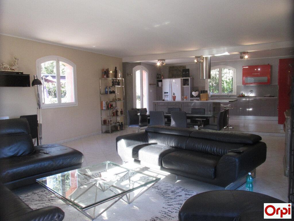 Maison à vendre 7 190.29m2 à Tourves vignette-1
