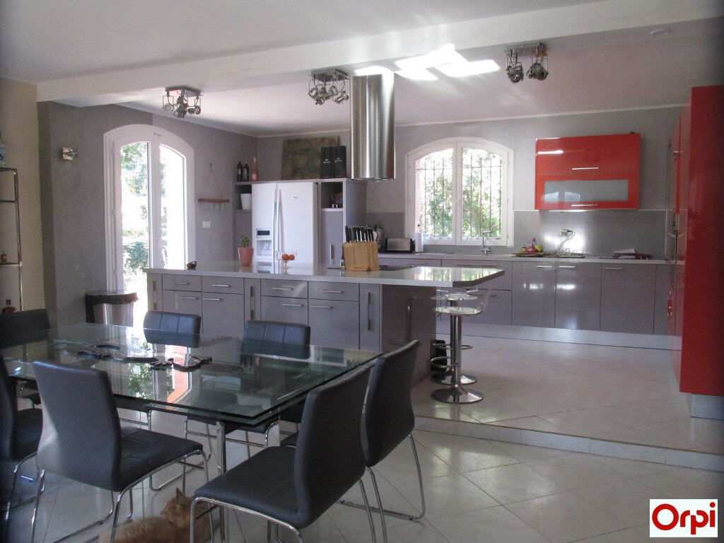 Maison à vendre 7 190.29m2 à Tourves vignette-3