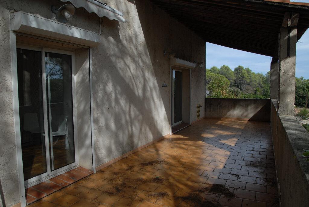 Maison à vendre 5 115m2 à Brignoles vignette-7
