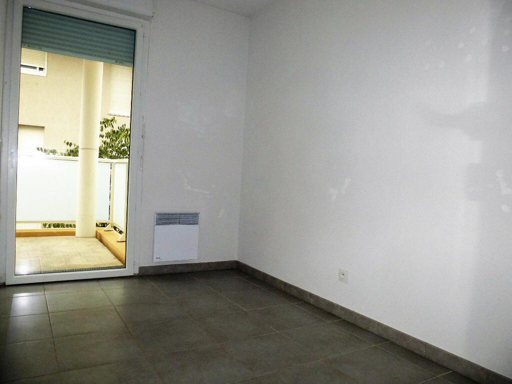 Appartement à louer 4 76m2 à Perpignan vignette-5