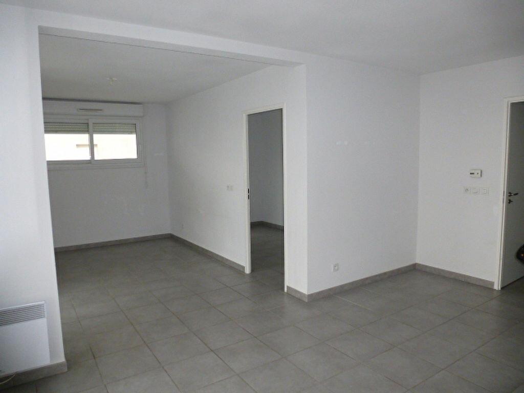 Appartement à louer 4 76m2 à Perpignan vignette-6