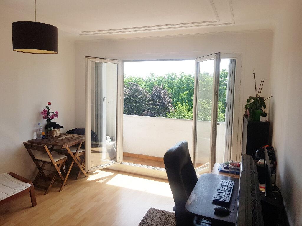 Appartement à vendre 3 62m2 à Saint-Gratien vignette-1