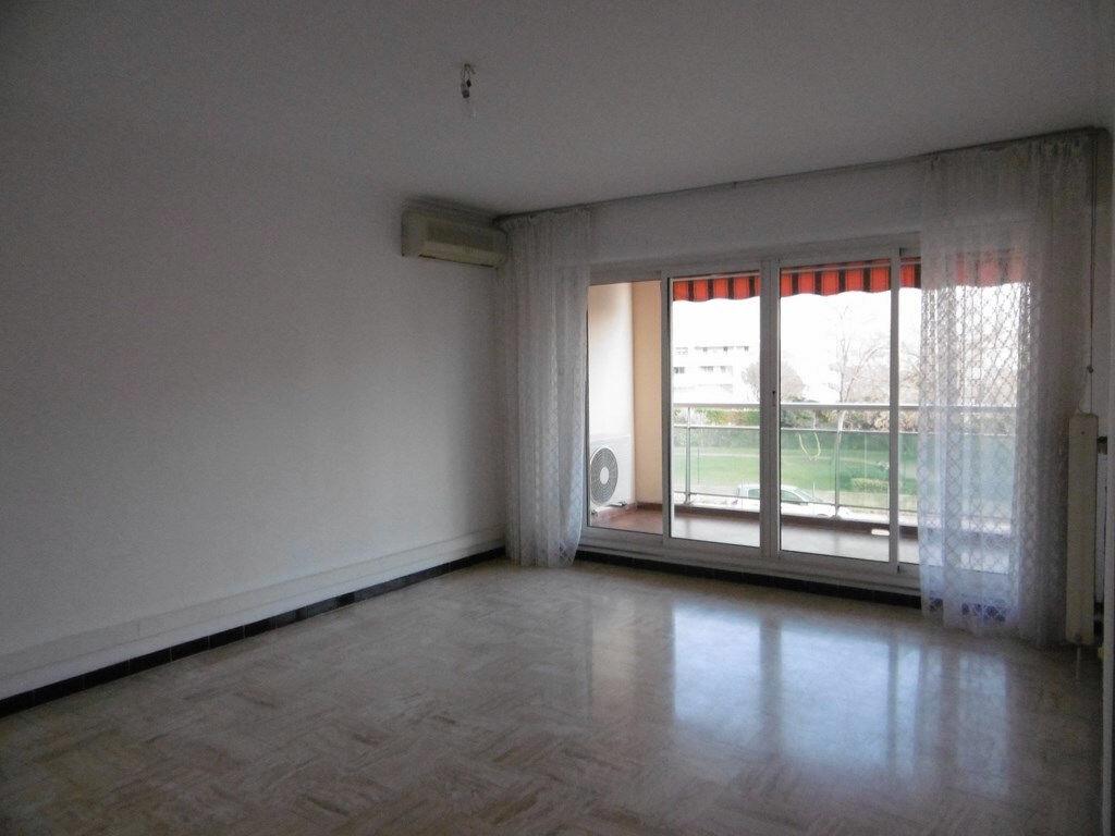 Appartement à louer 2 49.4m2 à Toulon vignette-3