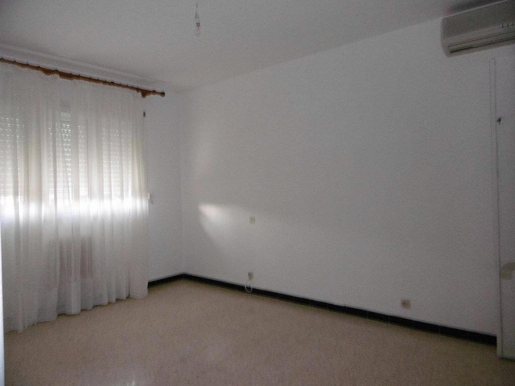 Appartement à louer 2 49.4m2 à Toulon vignette-6