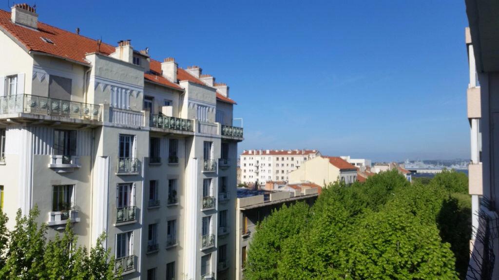 Appartement à louer 3 60.28m2 à Toulon vignette-1