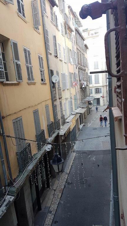 Appartement à louer 2 42m2 à Toulon vignette-4