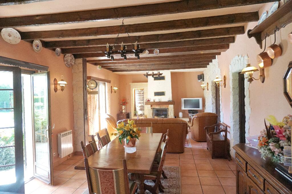 Maison à vendre 8 160m2 à Lyons-la-Forêt vignette-2