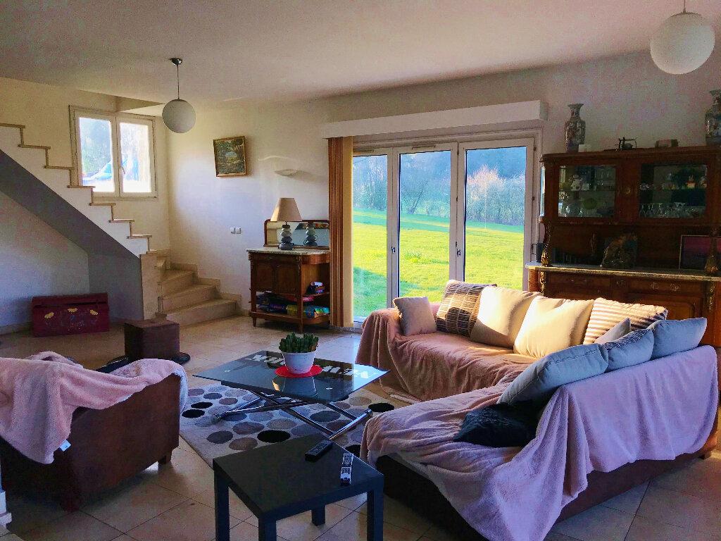 Maison à vendre 7 200m2 à Sainte-Geneviève vignette-6