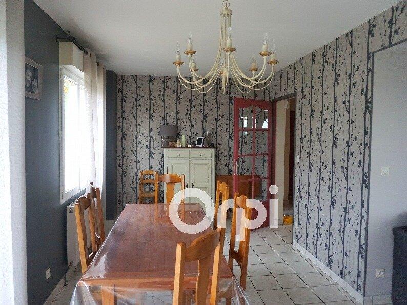 Maison à vendre 6 110m2 à Gournay-en-Bray vignette-3