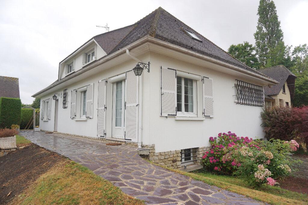 Maison à vendre 8 139.2m2 à Gournay-en-Bray vignette-1