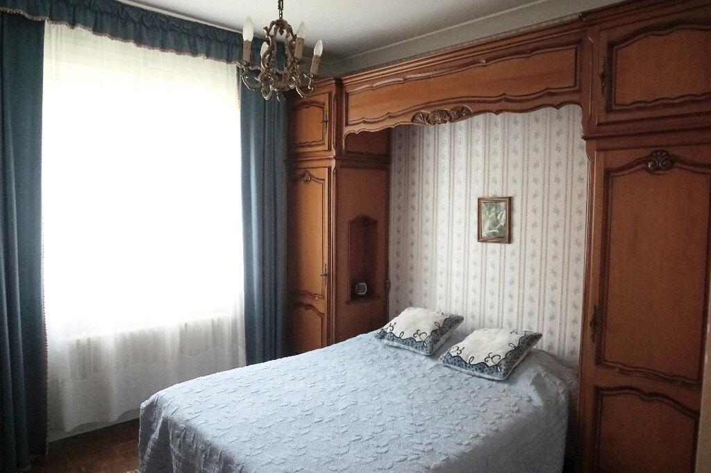 Maison à vendre 8 139.2m2 à Gournay-en-Bray vignette-9
