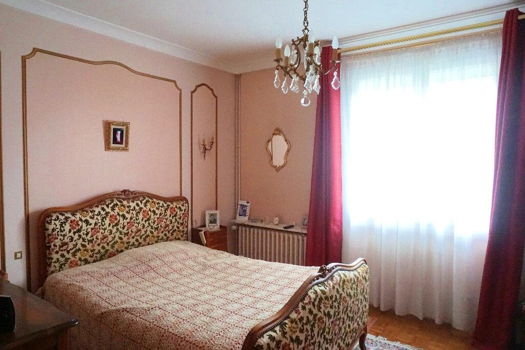 Maison à vendre 8 139.2m2 à Gournay-en-Bray vignette-10