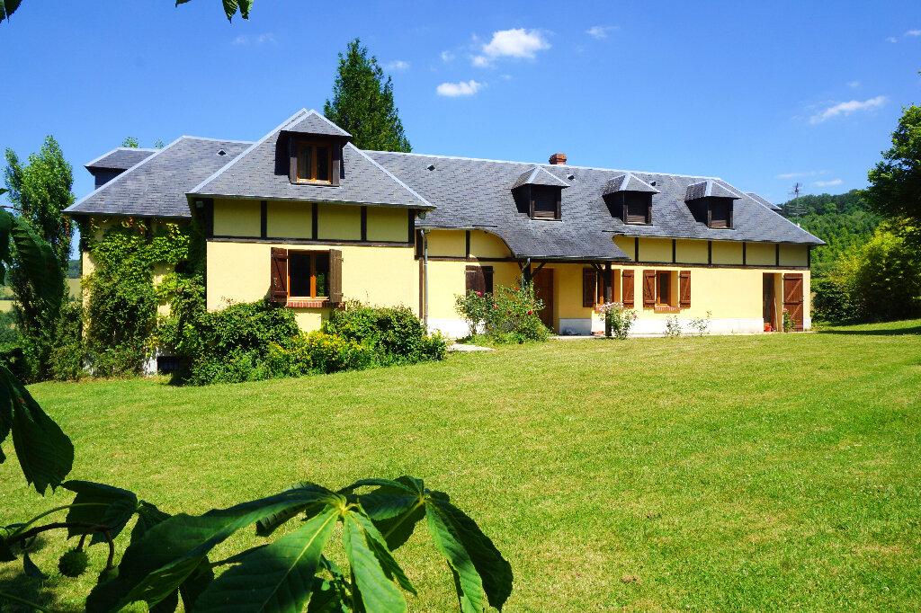 Maison à vendre 7 144.5m2 à Gournay-en-Bray vignette-1