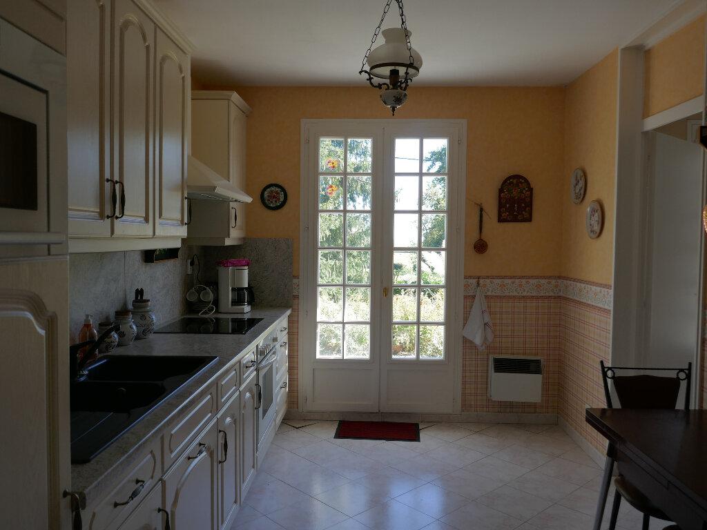 Maison à vendre 5 92.58m2 à Lyons-la-Forêt vignette-3