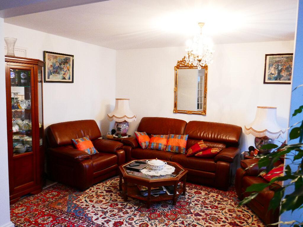 Appartement à vendre 5 90.88m2 à Gisors vignette-2