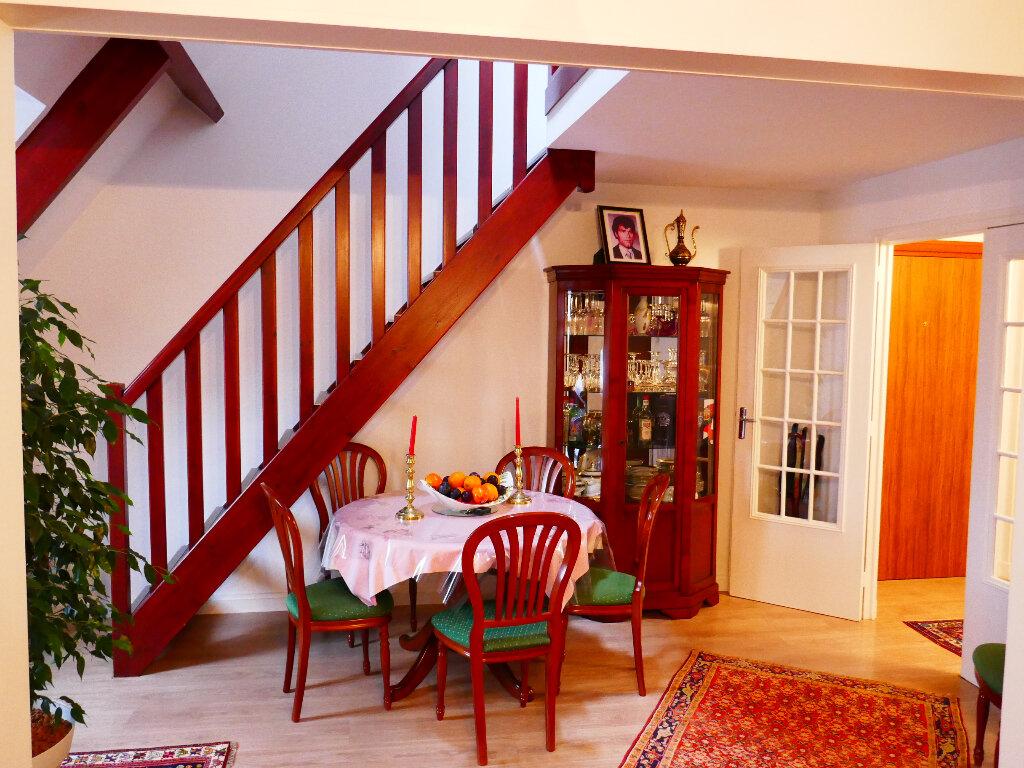 Appartement à vendre 5 90.88m2 à Gisors vignette-3