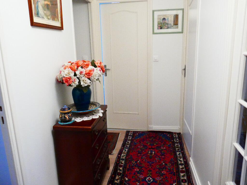 Appartement à vendre 5 90.88m2 à Gisors vignette-7