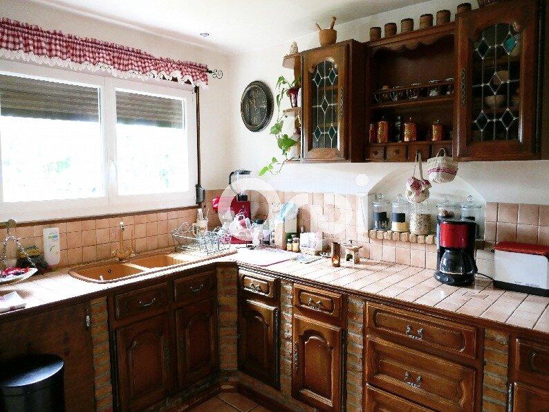 Maison à vendre 6 115m2 à Lyons-la-Forêt vignette-4
