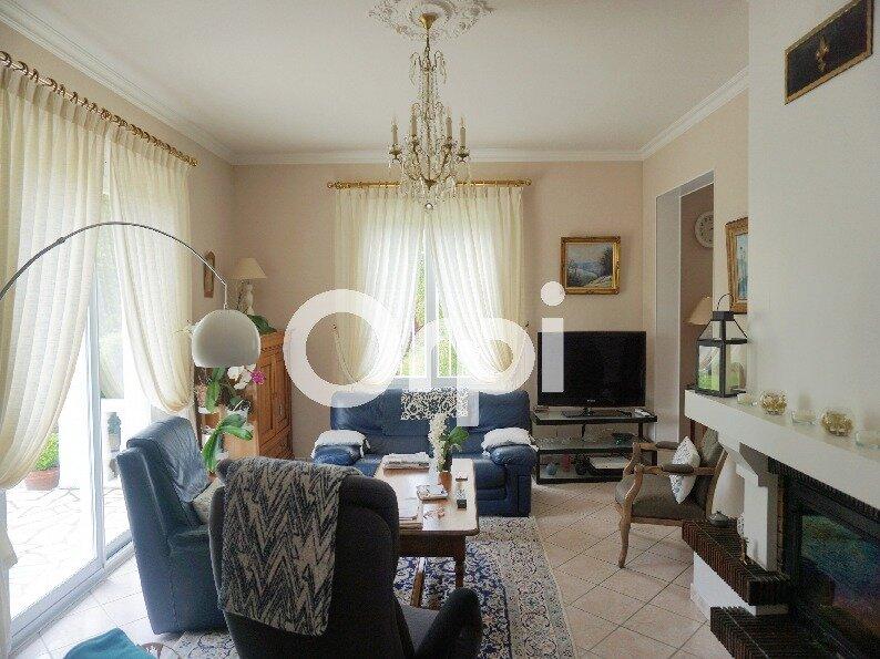 Maison à vendre 7 138m2 à Gournay-en-Bray vignette-2