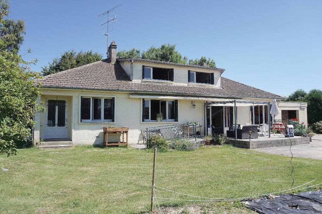 Maison à vendre 8 187m2 à Gournay-en-Bray vignette-1