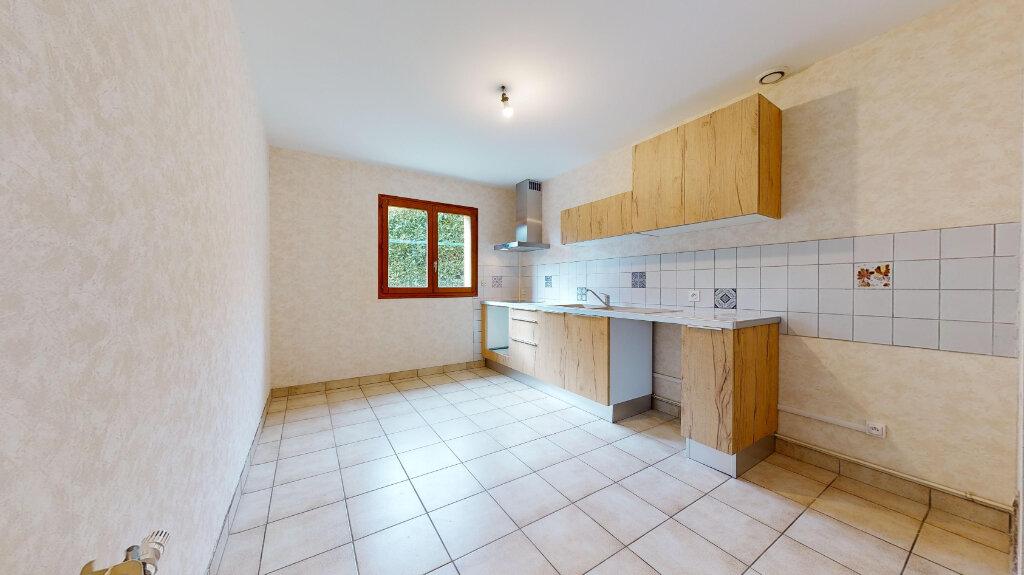 Maison à louer 5 123m2 à Caluire-et-Cuire vignette-3