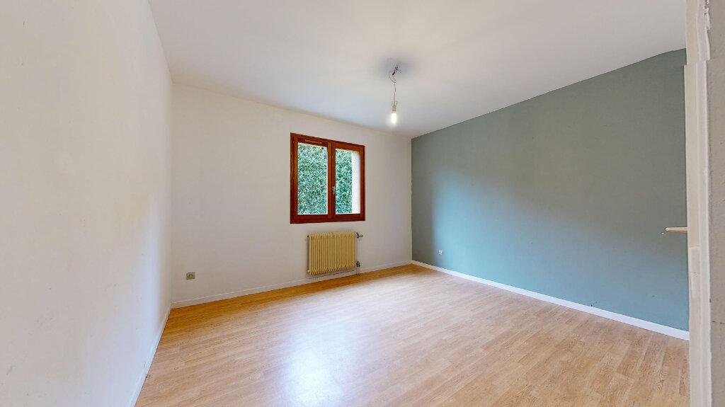 Maison à louer 5 123m2 à Caluire-et-Cuire vignette-6