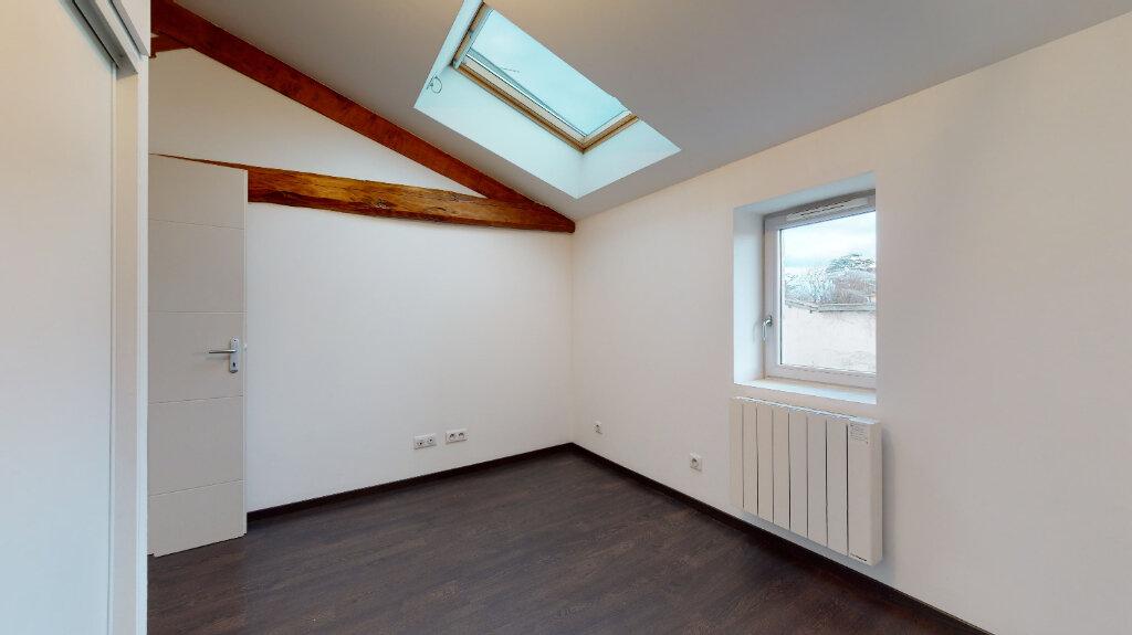 Maison à louer 3 62.7m2 à Civrieux vignette-4