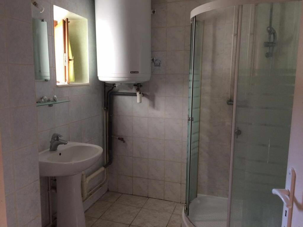 Appartement à louer 2 38.82m2 à Saint-Georges-de-Reneins vignette-2