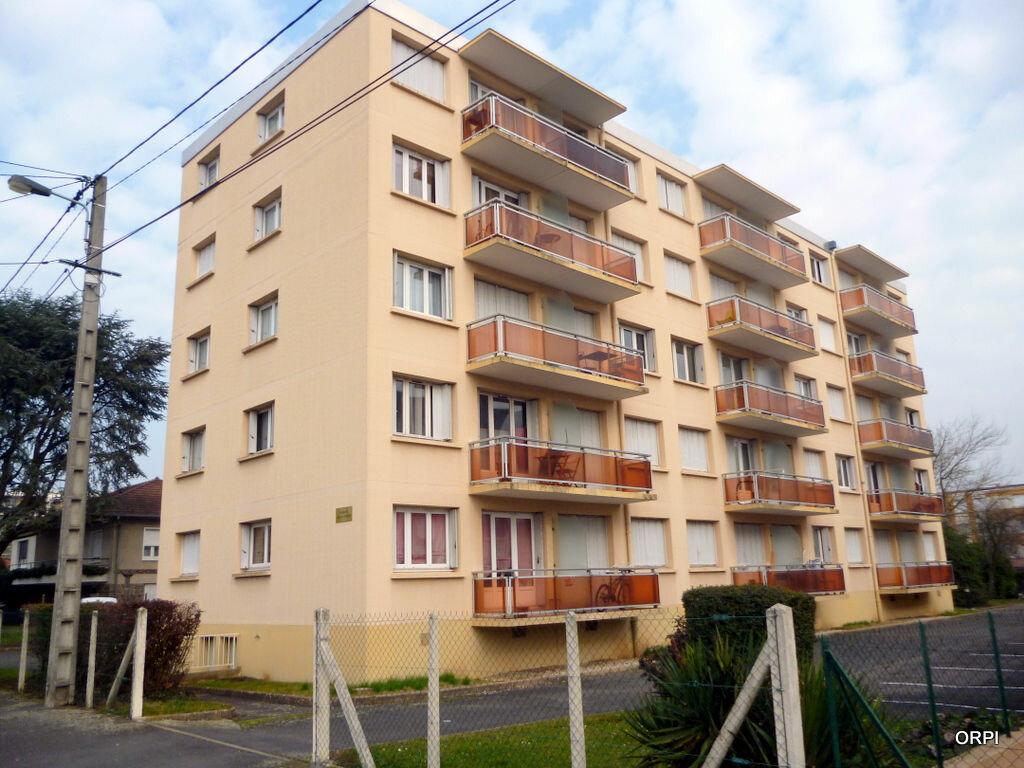 Appartement à louer 1 34m2 à Villefranche-sur-Saône vignette-4